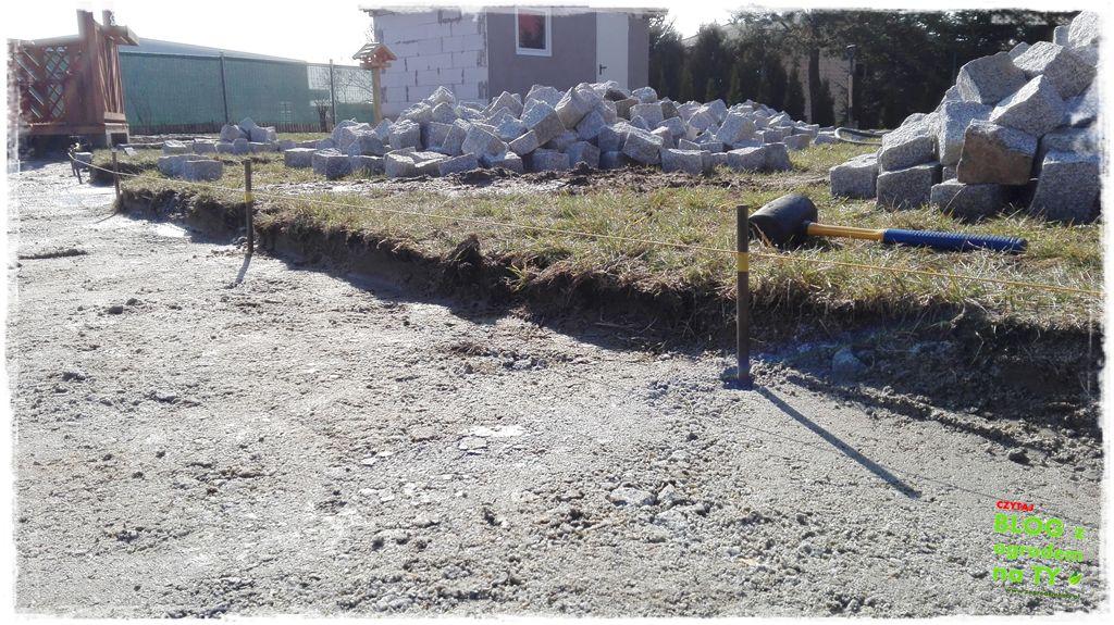 chodnik z kostki granitowej zogrodemnaty35