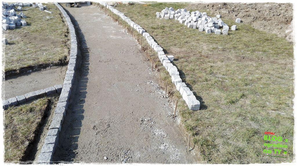 chodnik z kostki granitowej zogrodemnaty51