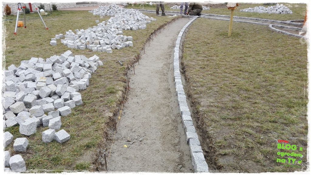 chodnik z kostki granitowej zogrodemnaty57