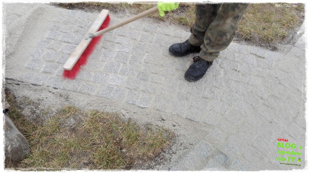 chodnik z kostki granitowej zogrodemnaty85