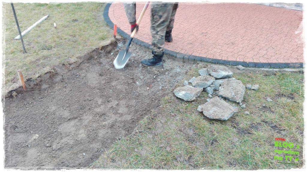 chodnik z kostki granitowej zogrodemnaty18