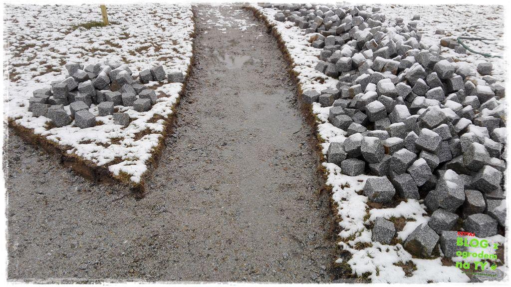 chodnik z kostki granitowej zogrodemnaty25